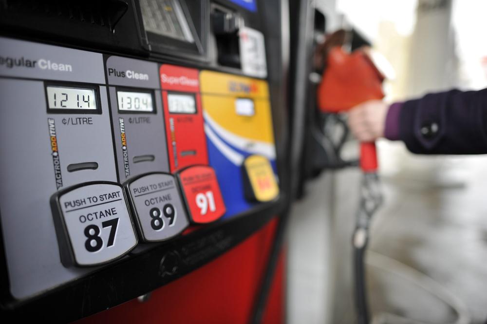 Цена Бензина, Заправки и Конкуренция в Канаде
